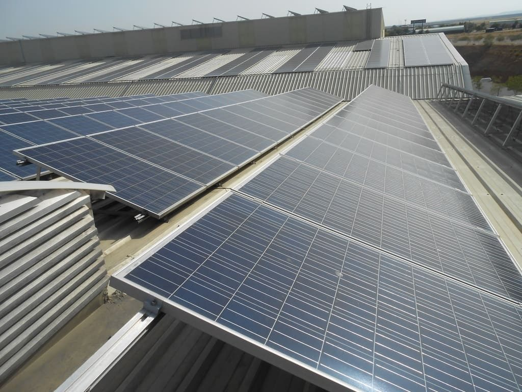 Parque fotovoltaico sobre cubierta (Toledo 2)