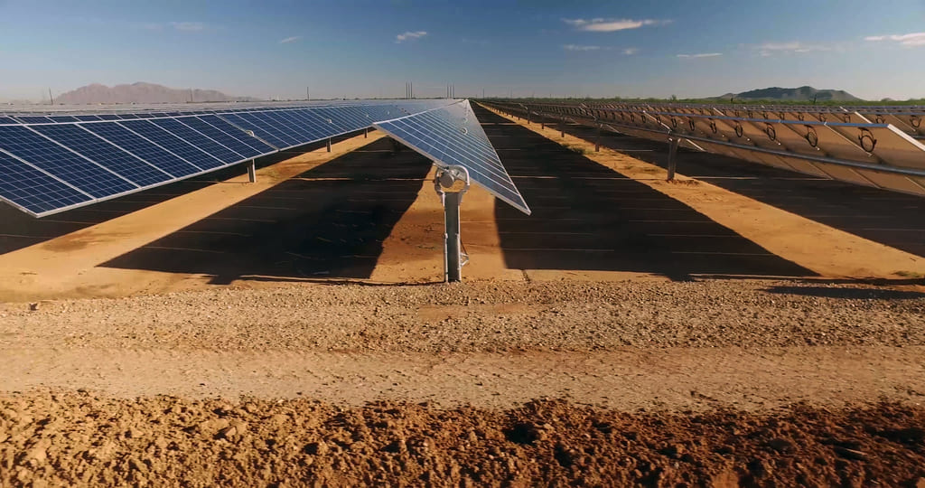 Parque fotovoltaico sobre suelo (Zacatecas)