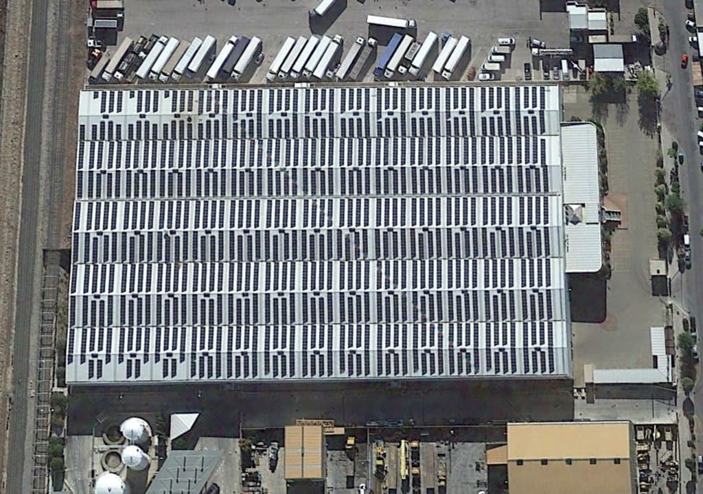Parque fotovoltaico sobre cubierta (Albolote 1)