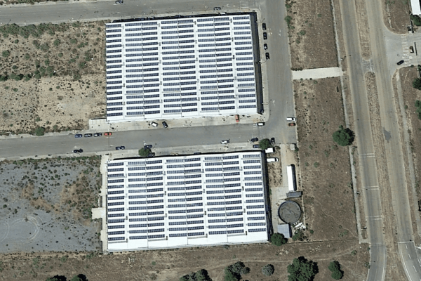 Parque fotovoltaico sobre cubierta (Toledo 1)
